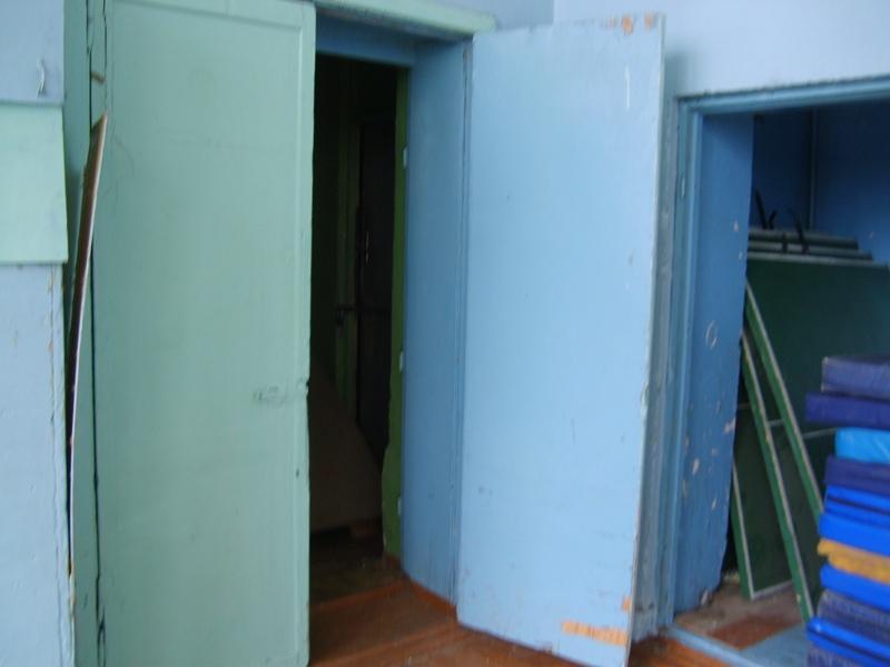 (2011) состояние дверей